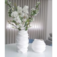 Vase décorative ondulé moderne
