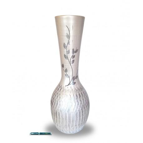 Vase terracotta dented