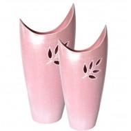 Vase vintage haut avec feuilles