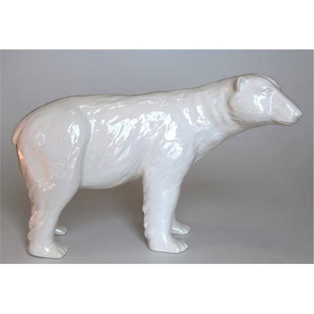 Eisbär in Keramik
