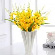 Decorative fan vase